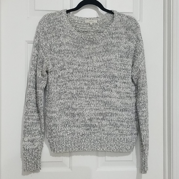Aritzia Talula Marled Grey Crew Neck Sweater